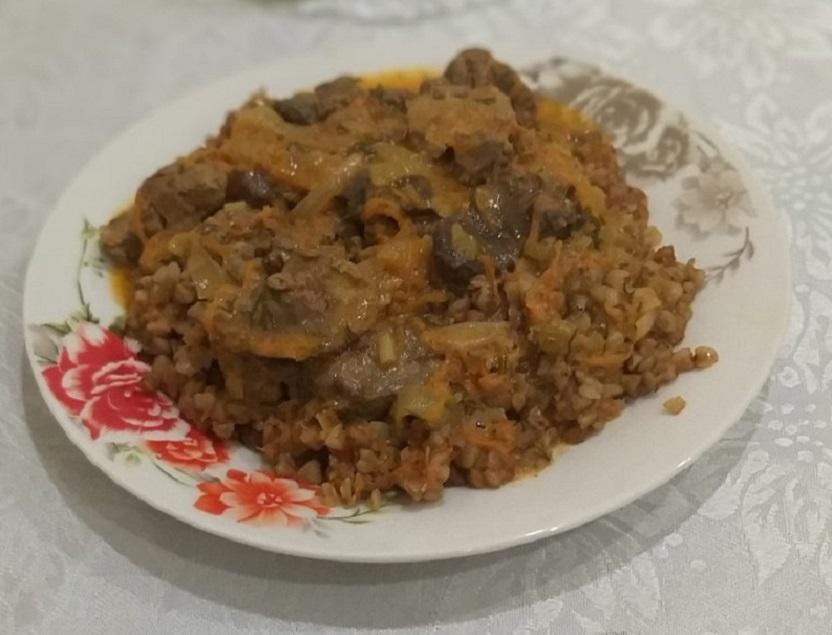 Печень куриная с подливкой