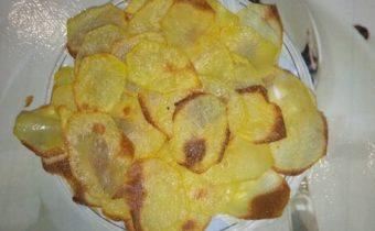 Чипсы в духовке из картошки в домашних условиях