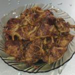 Печень куриная жареная с луком на сковороде