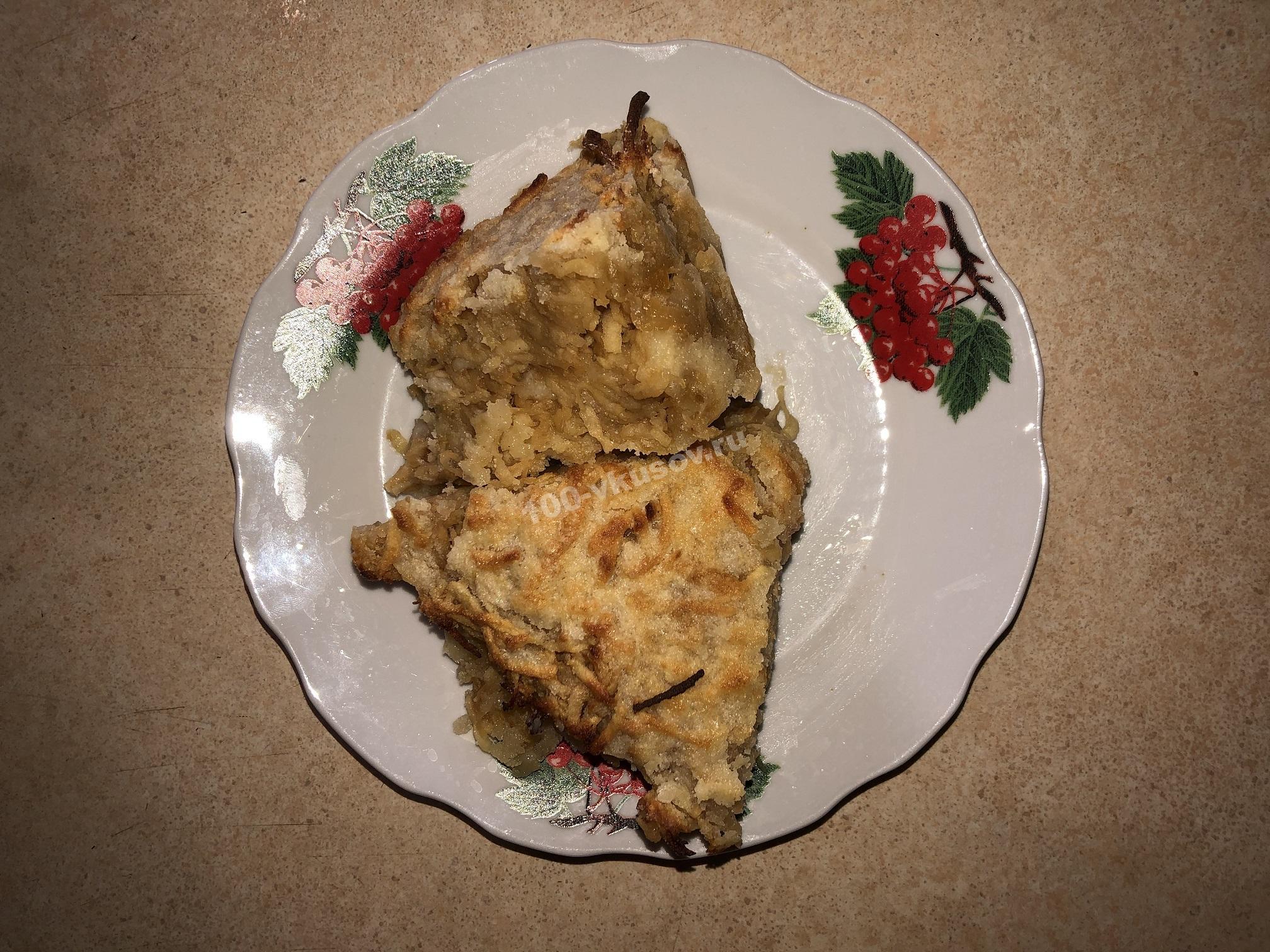 Порция яблочного пирога три стакана