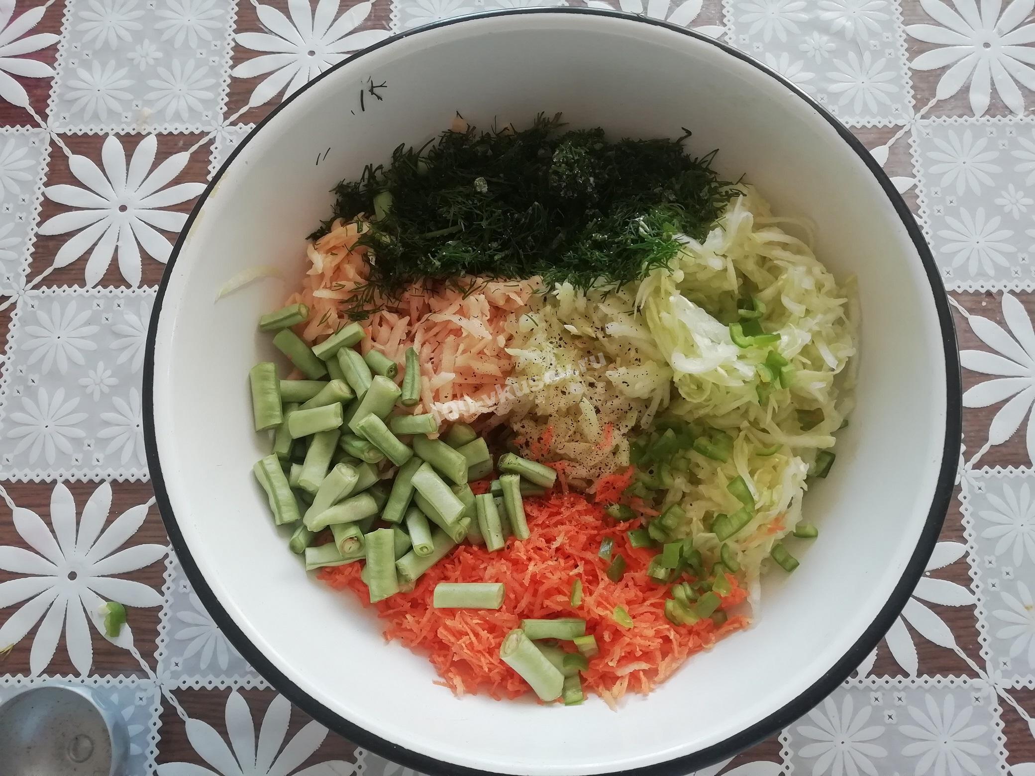 Измельченные овощи для запеканки