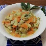 Тушеные кабачки с морковью и луком
