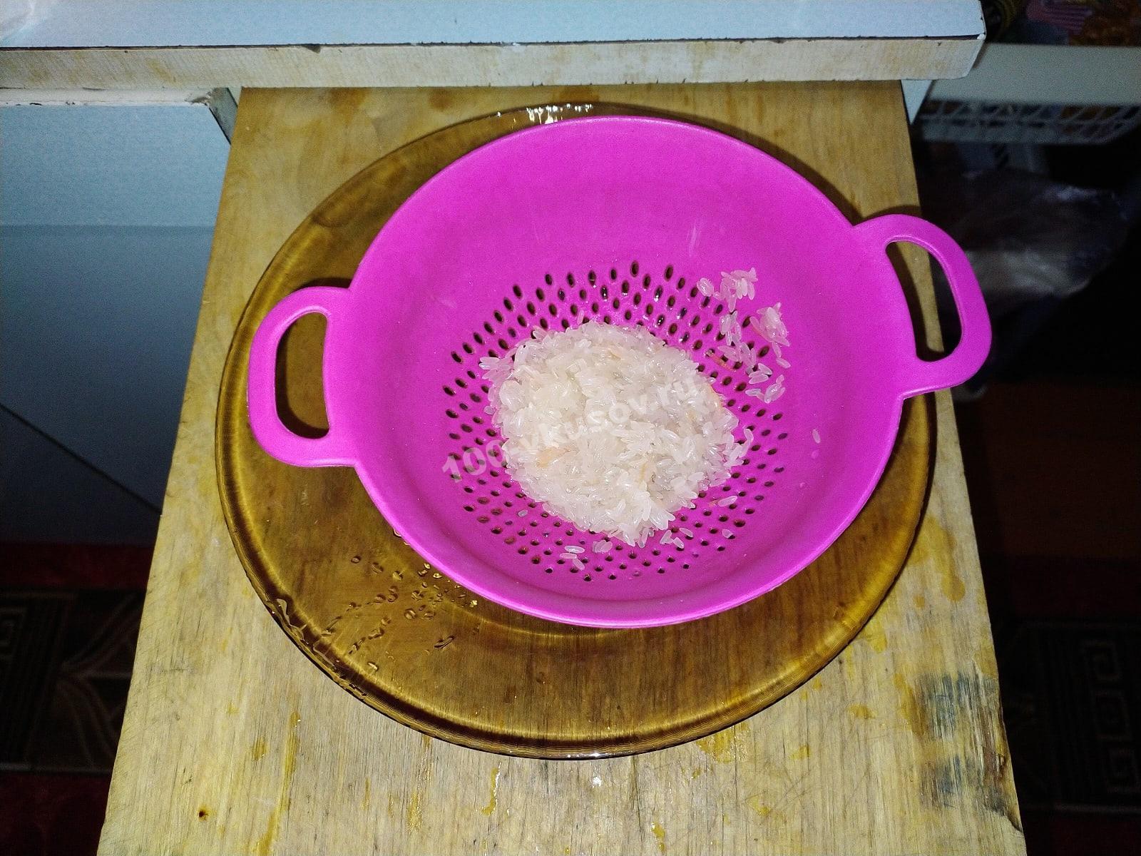 Промытый рис для супа