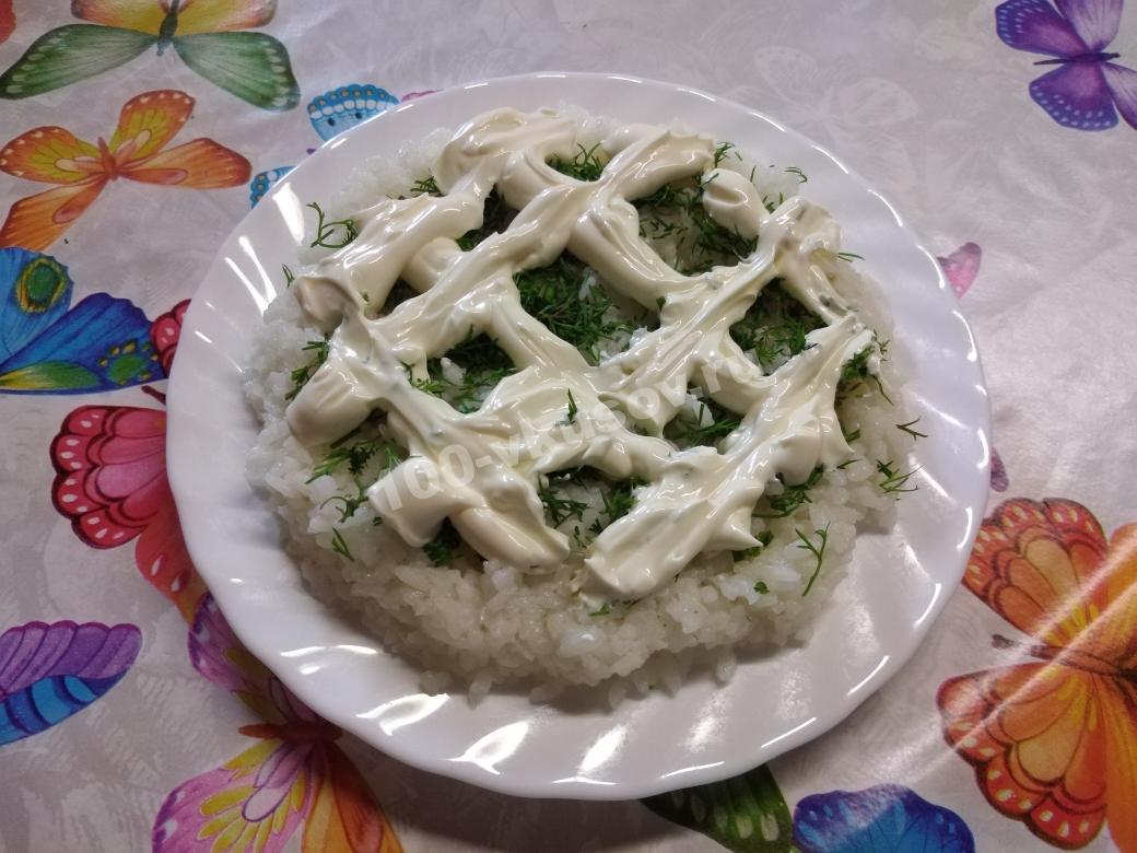 Рисовый слой для салата мимоза